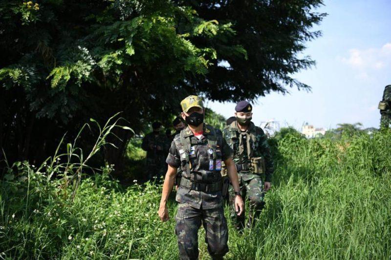 ผบ.ทบ.ลงพื้นที่คุมเข้มชายแดนหวั่นต่างด้าวหนีโควิดลักลอบเข้าไทย
